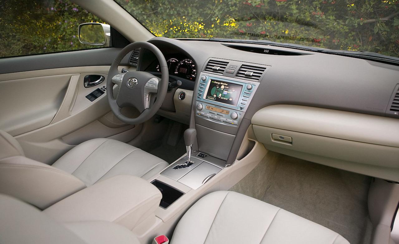 Toyota Camry Hybrid Interior Photo